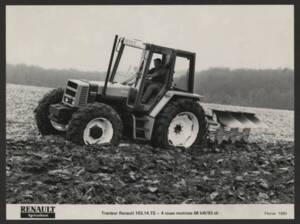 Tracteur de la marque Renault : publicité (1983).