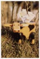 Tirelire à l'effigie d'une vache, photographie : sans date.